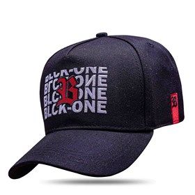 Boné Snapback Black Logo Red Inverted