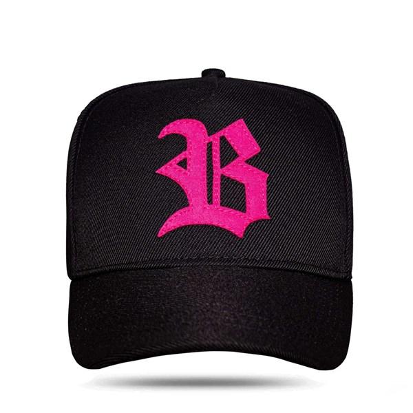 Boné Strapback All Black Logo Pink