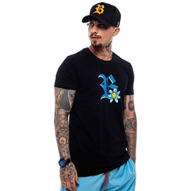 Camiseta Blck All Black Logo Blue Flowers